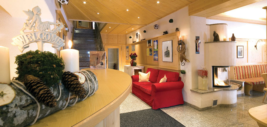 austria_ski-welt-ski-area_soll_hotel-eggerwirt_reception.jpg